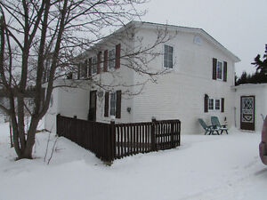 JUST LISTED…COUNTRY CHARM..NORTH ARM HOLYROOD.
