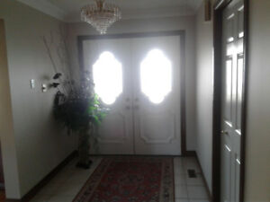 Room For Rent.  Near St. Josephs  Hospital (east Hamilton)