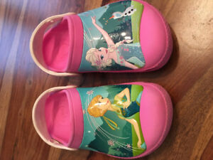 Girls Disney Frozen Crocs Size 1.Like New