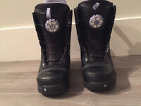 WOMEN'S BURTON BOOTS - SIZE 8 - USED ONCE