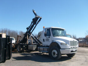 2004 Freightliner M2 Business Class Hook Truck