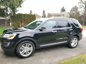 2016 Ford Explorer Limited Fully Loaded!