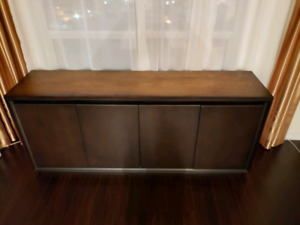 Almost New Sideboard Buffet Credenza Server