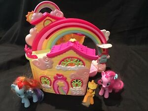 ***MY LITTLE PONY HOUSE AND PONYS***