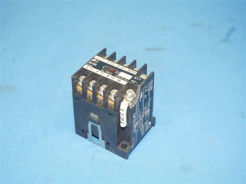 Fuji Electric FA SJ-0G SJ0G Contactor w/ Breakage