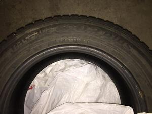Pneus d'hiver 195 65 R15 - Toyo Observe winter tire West Island Greater Montréal image 2