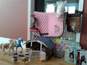For kids who love horses - Riding gear, Stable playset & More