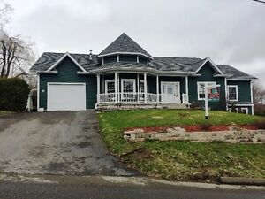 BEAUTIFUL 4 BEDROOM HOUSE LOCATED IN GRAND FALLS