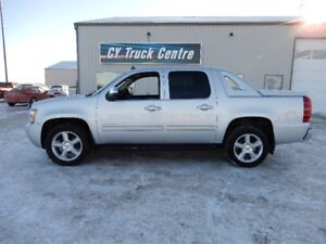 2011 Chevrolet Avalanche LT Crew 20's 4x4 Pickup Truck