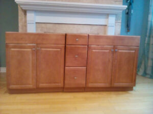 Selling 2 vanities and drawers