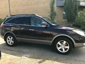 2010 HYUNDAI VERACRUZ GLS *7 PASSANGER* AWD* LEATHER LOADED* DVD