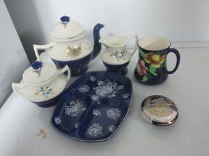 Diverses vaisselles bleues à collectionner