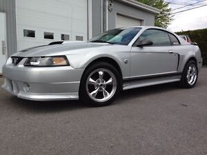 Ford mustang 40e (seulement 38 000 Km)