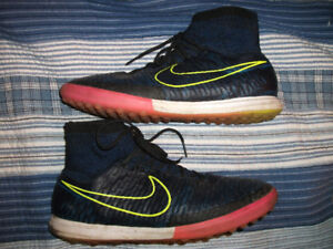 NIKE Magista Navy Shoes (not cleats but normal soled soes) 10