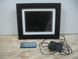 """8"""" digital picture frame by HP"""
