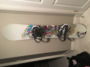 Girls/Ladies Snowboard,  Bindings and boots, all BURTON