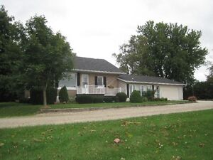 Country property for sale 2 min east of Listowel Stratford Kitchener Area image 1