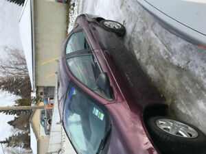 2000 Chrysler neon runs and drives excellent 875$