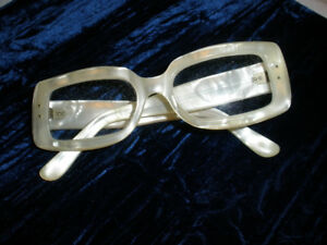 EYE GLASSES - White Square Pearlalized - (France) - $85.00