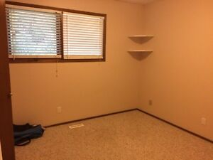 Room for rent,500 rent +550damage/ renters insurance