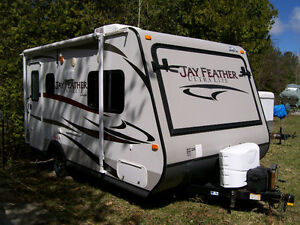 Hybrid Jay Feather Ultra Lite by Jayco