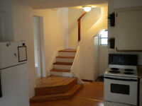 Nice 4 br House with 2 baths Downtown,close to Queens