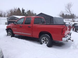 2007 Dodge Ram 1500 4wd for parts