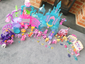 My little pony toy bundle. Huge collection including castle. Ls16