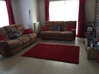 Large two bed flat for 2/3 bed house in Eastleigh or boyattwood it's a first floor flat