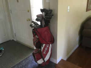 Great set of right hand ping golf clubs