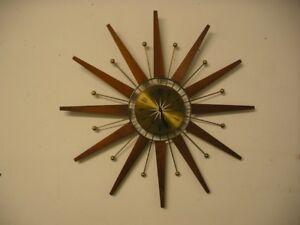 "VINTAGE TEAK  26"" STARBURST ELECTRIC CLOCK WORKING EXCELLENT"