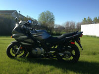 2007 Suzuki Gs500f  only 4000 KMs. Priced to SELL!