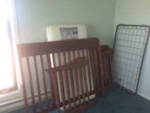 Sell: Brand new baby Crib and Sealy mattess Saguenay Saguenay-Lac-Saint-Jean image 2