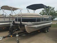 2015 Lowe Boats SS Pontoon 210 w/ 150HP Mercury 4 Stroke