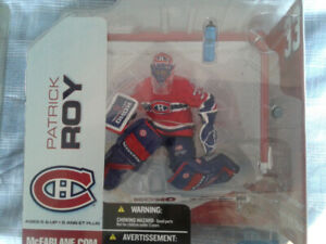 MCFARLANE NHL HOCKEY PATRICK ROY #5 RED JERSEY MINT