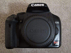 Canon Rebel Xsi (body only) + original box contents