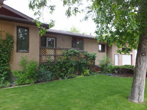 Reduced!!  105 5A Street  Picture Butte