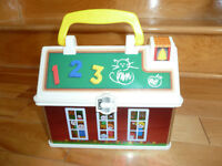 ÉCOLE FISHER PRICE