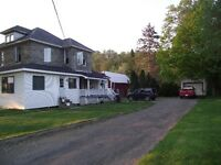 HARTLAND NB 5 bedroom on 1/2 an acre