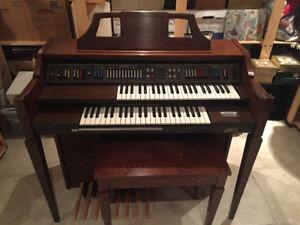 Baldwin Electric Organ