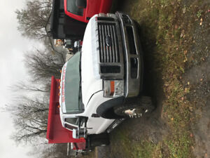 Dompeur Ford F-550 2008