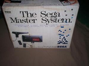 BOXED SEGA MASTER SYSTEM CONSOLE COMPLETE WITH 4 GAMES