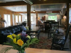 Covered Wagon B&B Getaway for Adults - Texas Longhorn Ranch London Ontario image 7
