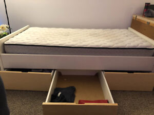 Single bed with 3 big drawers
