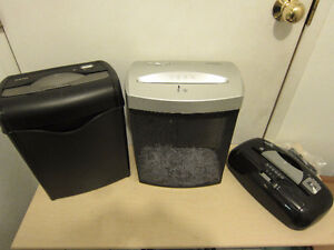 Cross cut shredders, with three modes, safety switch and basket
