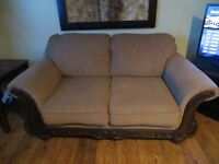 Couch / Love seat
