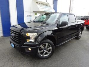 2016 Ford F-150 Sport 4x4, Crew, Nav, Moonroof, Leather, One Own