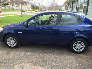 2009 Hyundai Accent Auto GL Coupe (2 door)