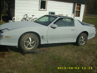 1985 Pontiac Trans Am Coupe (2 door)