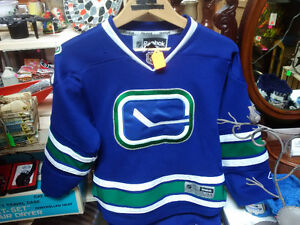 Various Sports Knic-Knacks, Collectibles Prince George British Columbia image 1